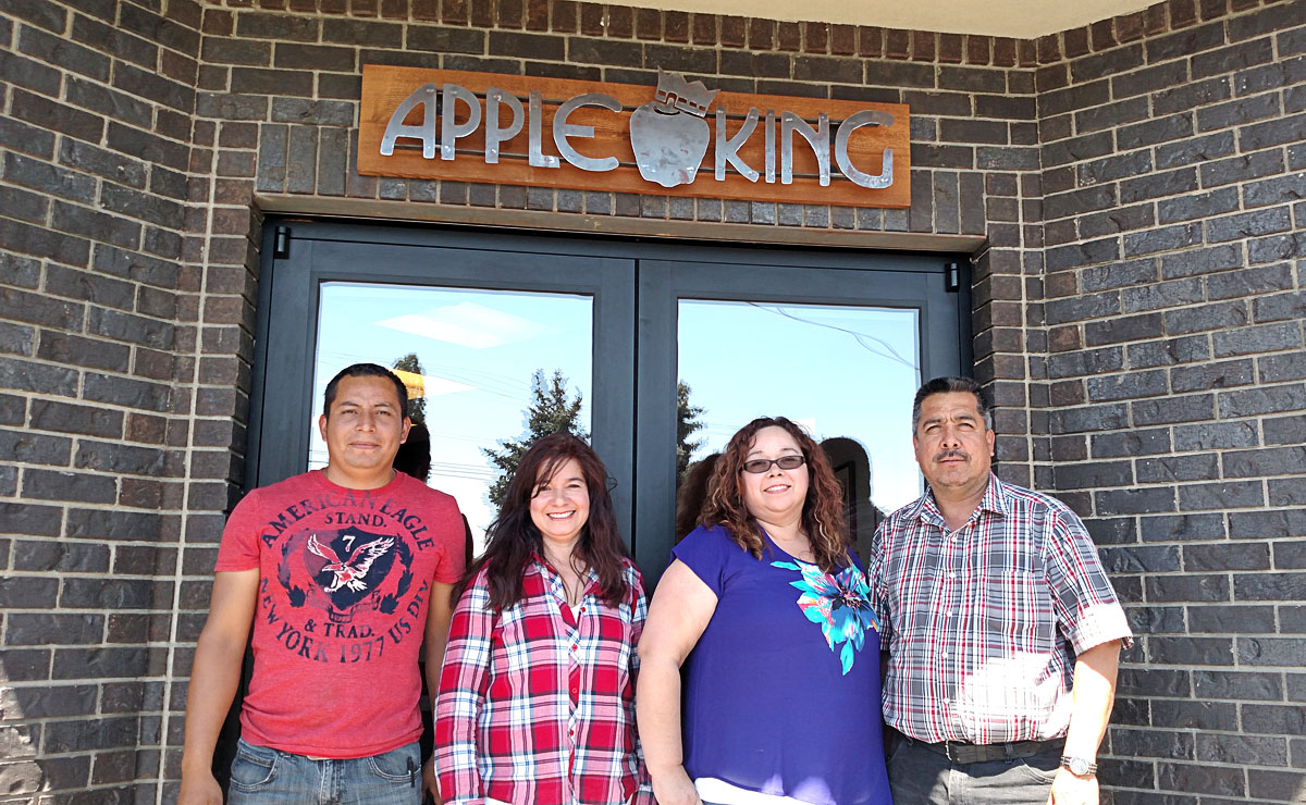 Apple King Shipping Team